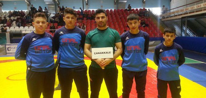 Güreşçiler, Manisa'da boy gösterdi