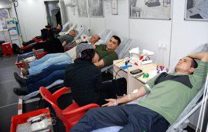 Bayramiçliler kan verdi