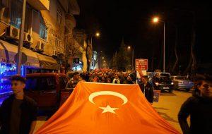 CHP'den coşkulu yürüyüş