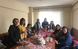 CHP'li kadınlardan teşekkür şekeri