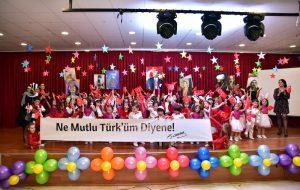 Tahsildaroğlu'nun minikleri büyüledi