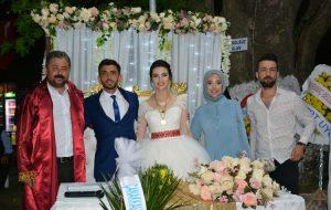 Pınar ile İsmail hayatlarını birleştirdi