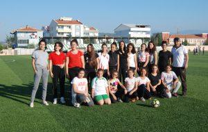Kadın futbol takımı tam gaz