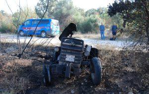 Traktör alev aldı