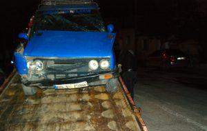 Alkollü sürücü, duran araca çarptı