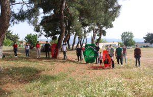 CHP'li gençler, bayramı uçurtma şenliğiyle kutladı