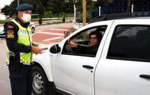 Jandarmadan sürücülere broşür
