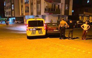 Dur ihtarına uymadı polis aracına çarptı