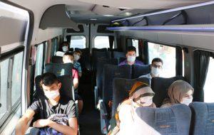 Bayramiç Belediyesi'nden gençlere deniz gezisi