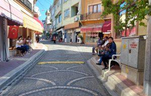 Pekmezci Sokak'ta araç değil müzik sesleri