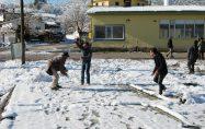 Bayramiç köylerinde kar sevinci