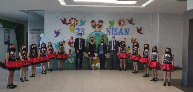 Doğa Koleji'nde 23 Nisan coşkusu