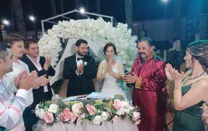 Özge ile Çağlar evlendi
