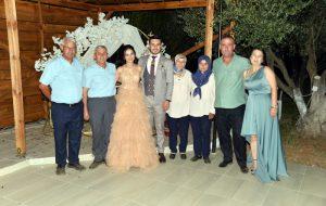 Aygül ile Berkay nişanlandı